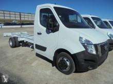 Ciężarówka podwozie Nissan NT 400