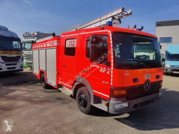 Kamión požiarne vozidlo Mercedes 917