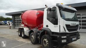 Camion Iveco Trakker 410 EEV béton toupie / Malaxeur occasion