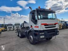 Camión chasis Iveco Trakker 260 T 36