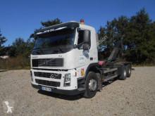 Camión Gancho portacontenedor Volvo FM 400