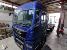 Ciężarówka MAN TGX 26.400 do transportu sprzętów ciężkich używana