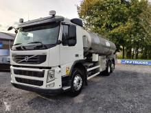 Ciężarówka cysterna do przewozu produktów żywnościowych Volvo FM 410