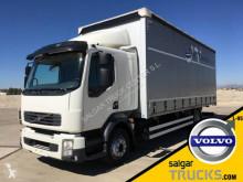 Volvo függönyponyvaroló teherautó FL 250