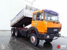 شاحنة Iveco Magirus حاوية مستعمل