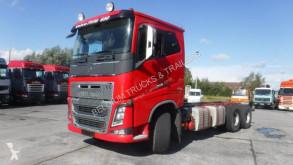 Caminhões chassis Volvo FH16 650