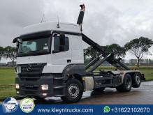 Mercedes hook arm system truck Axor 2540