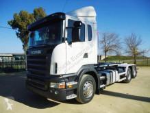 Camión Gancho portacontenedor Scania