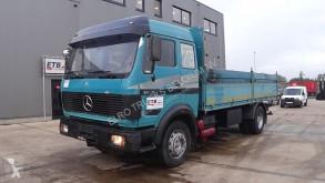Camion plateau Mercedes SK