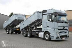 Ciężarówka z przyczepą wywrotka do transportu zbóż Mercedes Actros 2551 LL Actros Dreiseitenkipperzug Getreidesch.