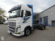 Caminhões chassis Volvo FH16