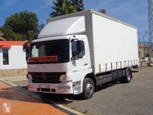 Mercedes függönyponyvaroló teherautó Atego 1224
