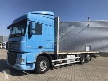 Camión DAF XF105 caja abierta usado