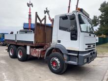 Lastbil Iveco Eurotrakker 260E34 platta begagnad