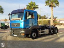 Camión MAN TGA 26.480 Gancho portacontenedor usado