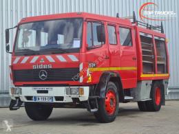 Camion pompiers Mercedes 1524