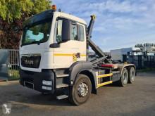 Camión Gancho portacontenedor MAN TGS 33.400