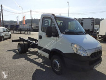 Caminhões chassis Iveco Daily 65C15