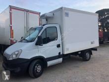 Camión Iveco Daily 35S13 frigorífico mono temperatura usado