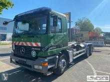 Caminhões Mercedes Actros 2640 poli-basculante usado