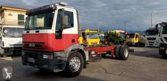 Caminhões chassis Iveco Eurocargo 180 E 28