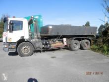 Caminhões poli-basculante Scania P124 400