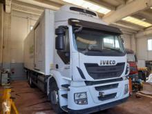 Camión Iveco Stralis AD 260 S 33 frigorífico usado