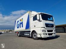 Camión furgón caja polyfond MAN TGX 18.400