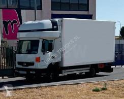 Nissan költöztetés furgon teherautó Atleon 56.15