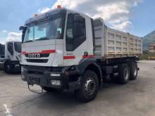 Camion benne Iveco Trakker 260 T 36