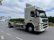 Caminhões BDF Volvo FM 330