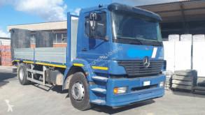 Lastbil Mercedes Atego 1828 maskinbärare begagnad