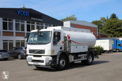 Camion citerne hydrocarbures Volvo FE Volvo FE 260 Tankwagen Euro 5 Magyar S.M.G