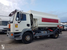 Camion citerne hydrocarbures DAF FA55 210