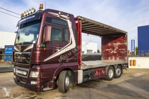Ciężarówka MAN TGX 26.480 furgon do transportu napojów używana