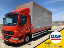 Camión DAF LF45 45.220 lonas deslizantes (PLFD) usado