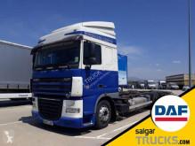 Lastbil DAF XF105 105.410, containertransport begagnad