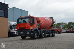 Ciężarówka beton betonomieszarka Iveco Trakker 380