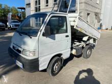Ciężarówka wywrotka Piaggio Porter
