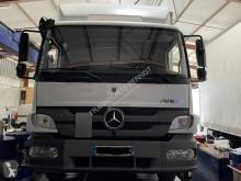 Camión Mercedes Atego 1218 N furgón usado