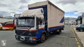 Camion rideaux coulissants (plsc) Volvo FL6 180