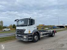 Kamion podvozek Mercedes MB1829