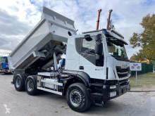 Caminhões Iveco Trakker 500 basculante usado