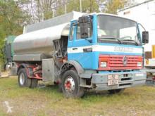 Camión Renault Midlum Midlum M 160 *Tankwagen* cisterna hidrocarburos usado