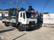 Camión MAN M2000 15.224 portamáquinas usado