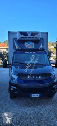 Camion Iveco frigo usato