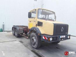 Caminhões Renault CBH chassis usado