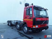 Camion châssis Volvo FL10