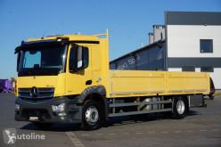 Plató teherautó MERCEDES-BENZ ANTOS / 1827 / ACC / E 6 / SKRZYNIA / ŁAD. 10 175 KG / PRZEB. 38