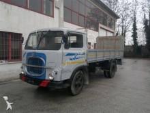 Lastbil Fiat 650 flatbed sidetremmer brugt